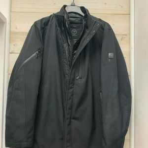 Tumi Men's Tech Jacket with Puff liner